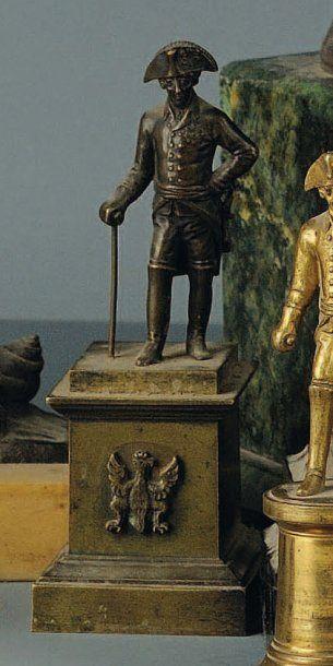 Statuette en bronze de Frédéric II sur socle...