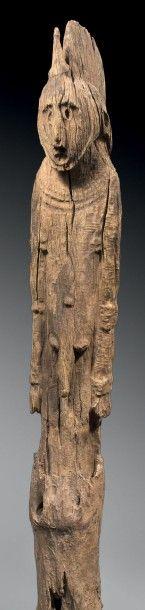 Poteau waaga Konso, Ethiopie Bois dur à patine...