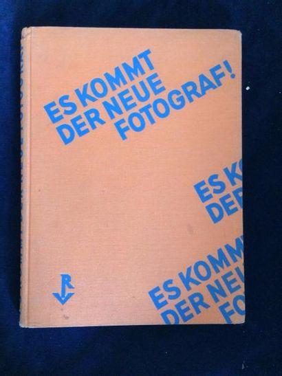 [RICHTER Hans]. GRAFF Werner. ES KOMMT DER...