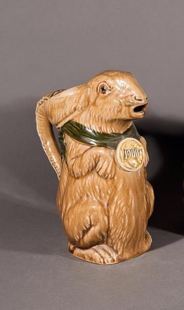 Pichet lapin médaillé