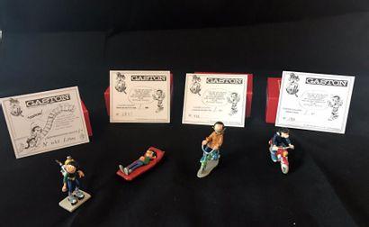 Lot de 4 figurines Pixi: - Gaston à moto...