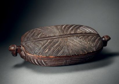 Boîte Maori waka huia, Nouvelle ZélandeBois...