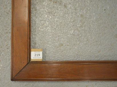 BAGUETTE PLATE en acajou mouluré. Italie, début du XIXe siècle. 58,7 x 98,7 cm -...