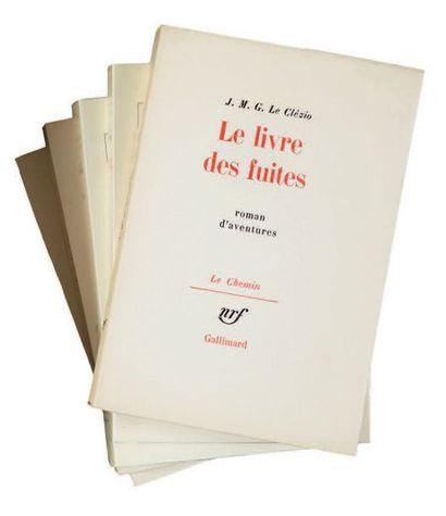 LE CLÉZIO J.M.G. LA GUERRE. Paris, Gallimard, Collection le Chemin, 1970. In-8, broché....