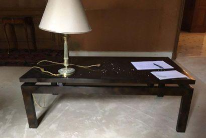 Deux tables basses en bois laqué Travail...