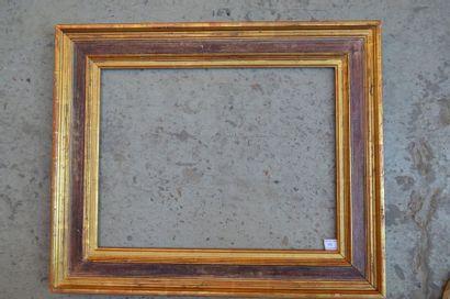 Cadre à cassetta en bois mouluré peint et...