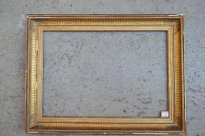 Cadre a canaux en bois et stuc doré  XIXe...
