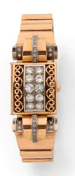 Montre bracelet de dame mécanique en or jaune...