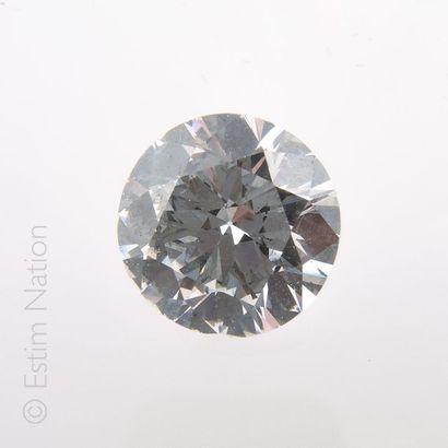 DIAMANT 4.19 CARAT Solitaire en platine (950 millièmes) orné d'un diamant demi-taille...