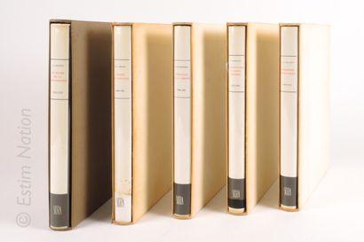 SKIRA Ensemble de 10 volumes illustrés.  Collection ART IDEES HISTOIRE.  Edition...