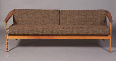 DESIGN SCANDINAVE - F OHLSSON Folke OHLSSON (1919-2003) pour Bodafors    Canapé deux...