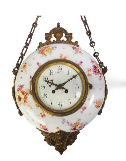 - Horloge murale en porcelaine émaillée polychrome...