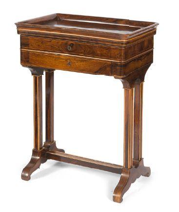 - Table vide poche en bois de placage et...