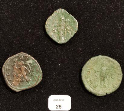 TRAJAN DECE (249-251): Sesterce. R/ Victory walking left. GALLIEN (253-268): Sesterce....