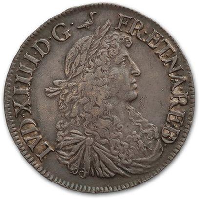 Écu de Béarn au buste juvénile. 1664. Pau....