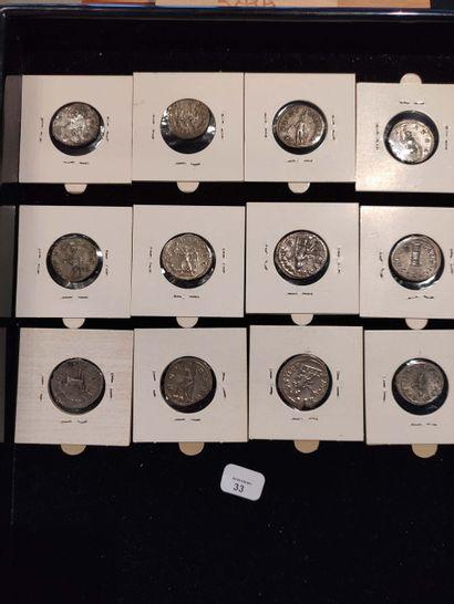 Antoninian: 12 examples. Gordian III (3 copies) C. 243, 261 and 296 - Philip I (2...
