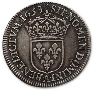 Half shield with a long fuse. 1653. Paris. D. 1470. A very fine copy.
