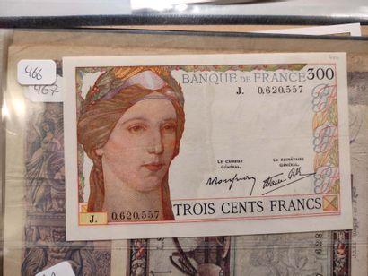 Billet de 300 F série J (F. 29) (inscription...