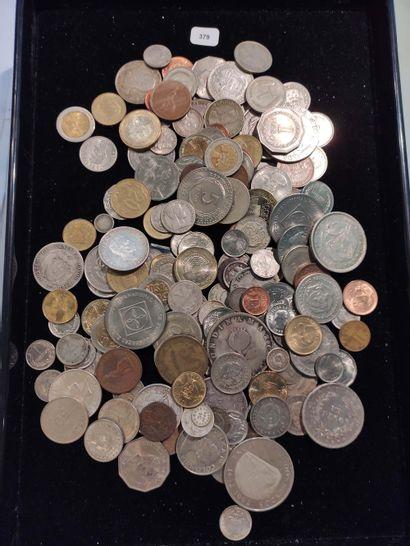 Lot d'environ 180 monnaies colombiennes des...