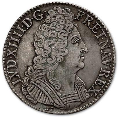 Écu aux trois couronnes. 1710. Rouen. D....
