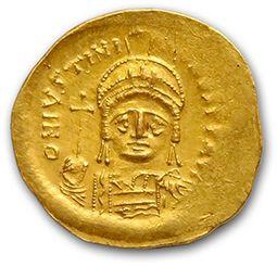 JUSTINIEN Ier (527-565) Solidus. Constantinople....