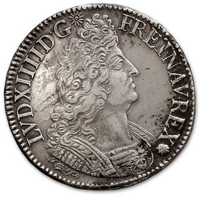 Écu aux palmes. 1697. Paris. Flan neuf. D....