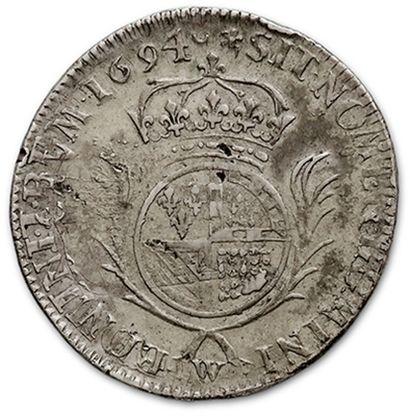 Demi écu de Flandre aux palmes. 1694. Lille. Réf. D. 1529. Rare en cet état. Très...