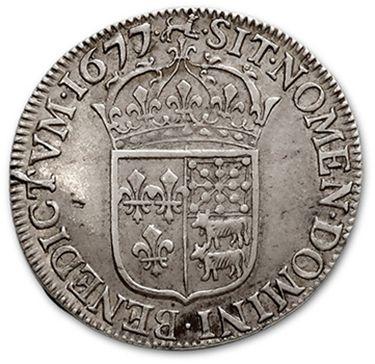 Demi écu de Béarn au buste juvénile. 1677. Pau. D. 1491. Rare. TTB à superbe.