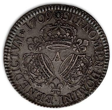 Demi écu aux trois couronnes. 1709. Paris. D. 1569. TTB.