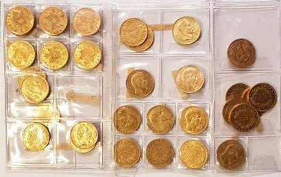 Ensemble de trente trois pièces d'or «Napoléon...