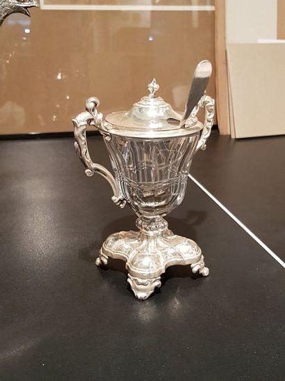 Moutardier et sa cuillère en argent et cristal...