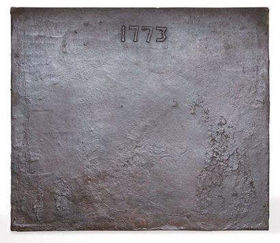 PLAQUE DE CHEMINÉE En fonte portant l'inscription...