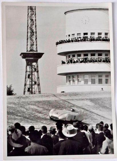 Rudolf CARACCIOLA aux essais du GP d'Allemagne...