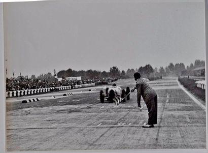 Achille VARZI (1904-1948) sur Bugatti à Monza....