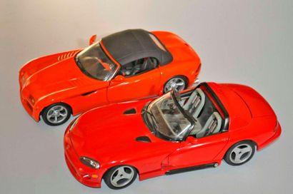 Lot de 2 maquettes: Dodge Viper et Concept...