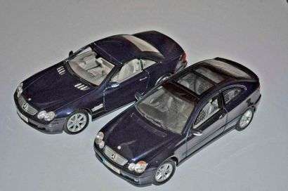 Lot de 2 maquettes MERCEDES: Classic C et...