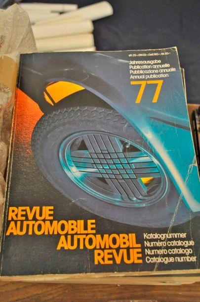 """Lot de 7 volumes du magazine """"Annuel de la revue automobile suisse"""" années 1960..."""