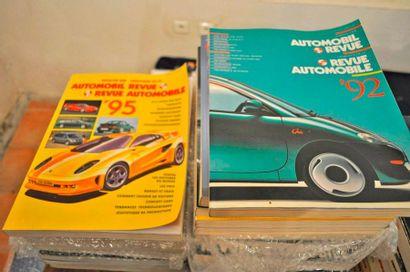 """Lot de 21 volumes du magazine """"Annuel de la revue automobile suisse"""" années 199..."""