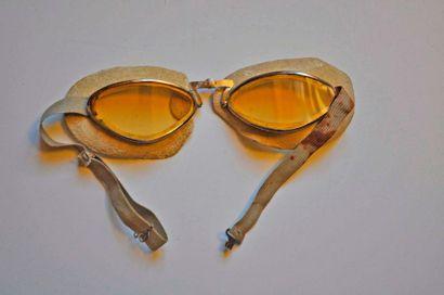 Paire de lunettes de pilote vers 1900