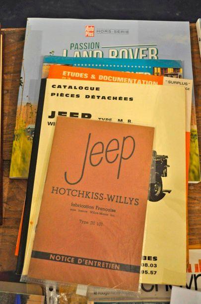 Lot de 4 livres: Revue technique JEEP-DODGE-GMC...
