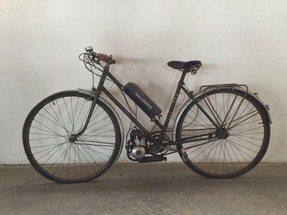 LA PERLE/ André LEDUCQ, vélomoteur 49 cm3....