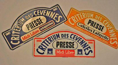 Critérium des Cévennes. Lot de 3 plaques de rallye en tôle: 1987, 1990 et 1 sans...