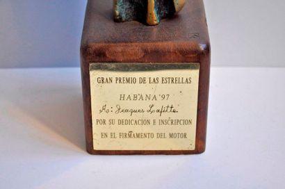 HABANA GRAND PRIX remis au vainqueur de la course de karting VIP organisée en 1997...
