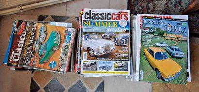 Lot de 130 revues automobile et diverses....