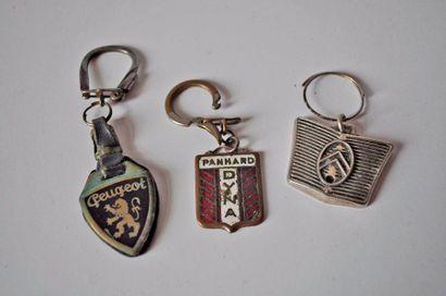Lot de 5 porte clés Peugeot, Citroën, Dyne...