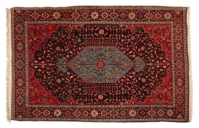 Grand et fin SAROUK (Iran), vers 1930 Un...