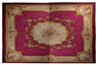 Tapis d'AUBUSSON (France), époque Napoléon...