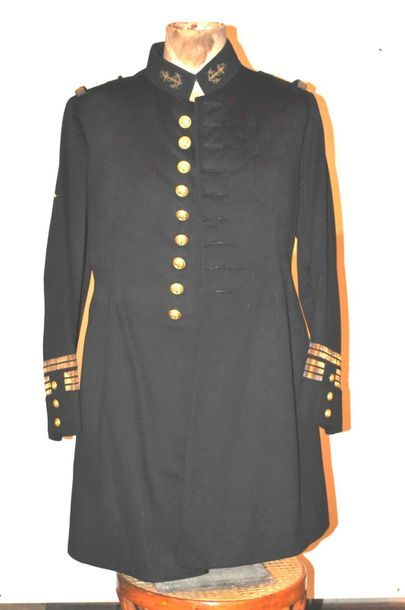 Navy officer's jacket circa 1900, as it was...