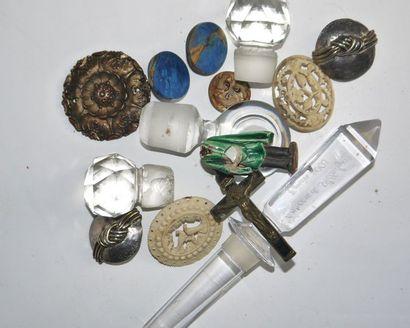 set (crystal caps, carved bone medallions,...