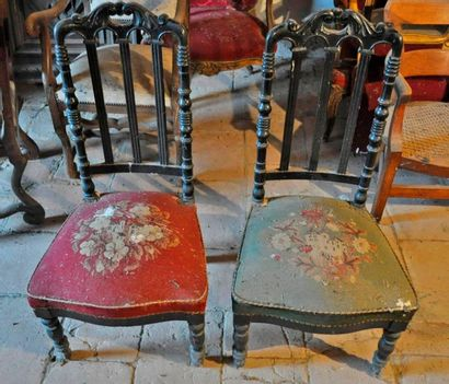 Pair of Napoleon III chairs, tapestry in...